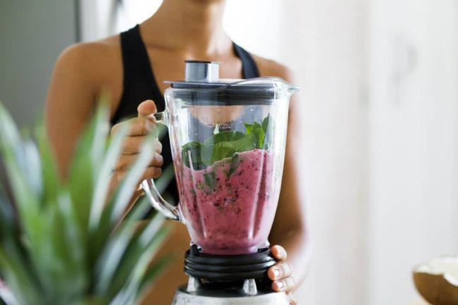 Make a healthy, filling smoothie
