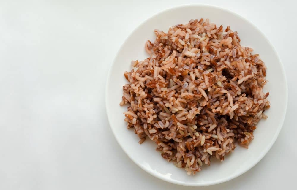 Aside from keeping you energized, brown rice also help keep your heart healthy.